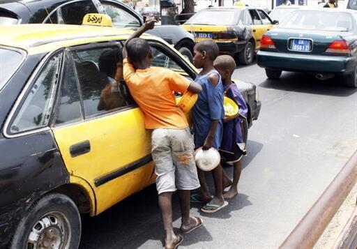 Des enfants «talibés» qui mendient à Dakar.
