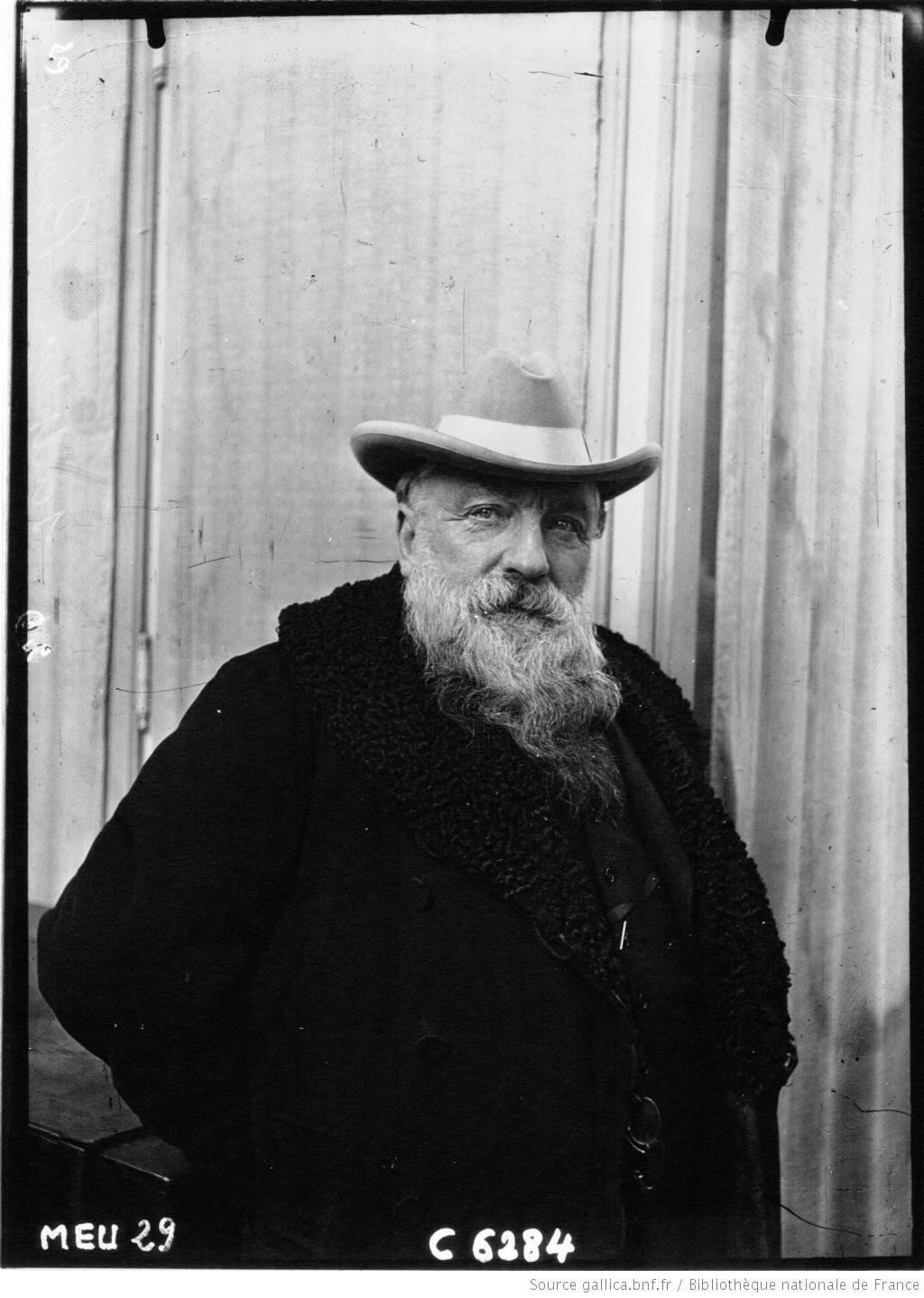 Chân dung Auguste Rodin chụp năm 1909.
