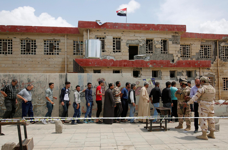 Người dân Mossoul, Irak đi bầu ngày 12/05/2018.
