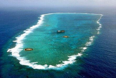 衝之鳥島礁