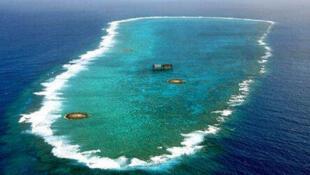冲之鸟岛礁