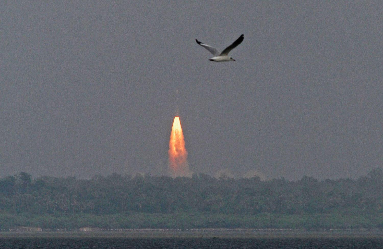 L'Inde a envoyé mardi 5 novembre dans l'espace une  fusée avec à son bord une sonde destinée à voyager vers la planète Mars.