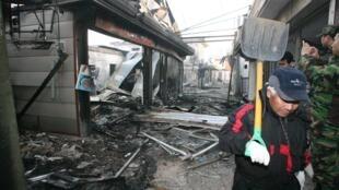 Des maisons détruites après les bombardements nord-coréens sur la Corée du Sud le 23 novembre 2010.