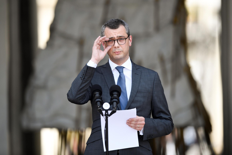 За время своей карьеры в Елисейском дворце Алекси Колер сделал лишь одно публичное заявление. В мае 2017 года он провел у микрофона 11 секунд и объявил имя нового премьер-министра.