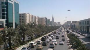 King Fahd road, l'une des principales artères de Riyad, capitale de l'Arabie saoudite.