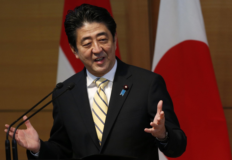 Thủ tướng Nhật  Shizo Abe nhan một cuộc phát biểu tại Tokyo,  ngày 13/12/ 2013.