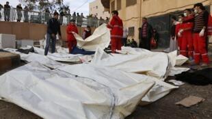 Selon un dernier bilan, plus de 60 personnes seraient mortes dans les raids du régime sur Raqqa.