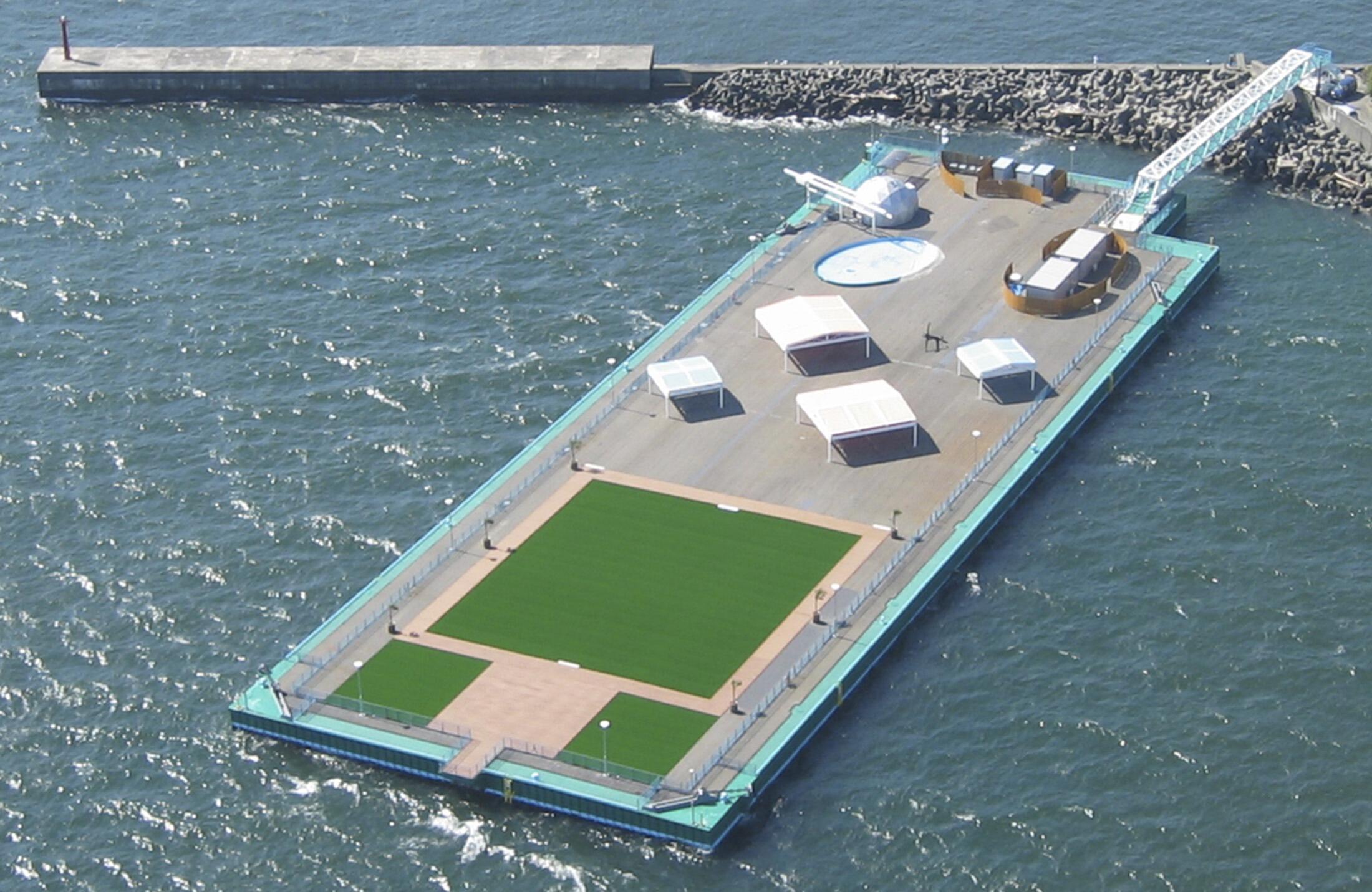 Tipo de plataforma a ser utilizada pela central de Fukushima para estocar a água ionisada.
