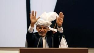Ashraf Ghani, en avril 2019. Selon des résultats préliminaires, le chef de l'État afghan actuel aurait remporté 50,64% des voix.
