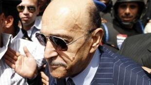 L'ex-chef du renseignement égyptien Omar Souleimane arrivant au siège du Comité de l'élection présidentielle au Caire, le 7 avril 2012.