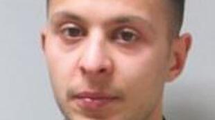 Salah Abdeslam sur une photo diffusée le 17 novembre par la police belge.