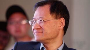 清华大学教授许章润