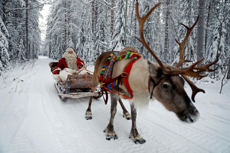 """Ông Già Noel """"thứ thiệt"""" của vùng Laponie băng tuyết."""