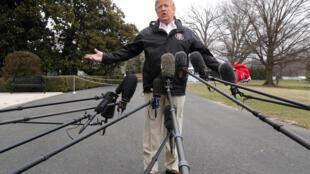美國總統特朗普在白宮外面面對媒體2019年3月8日