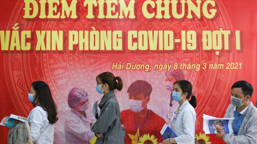 Covid-19 : Việt Nam đổi chiến lược chống đợt dịch nặng bất ngờ