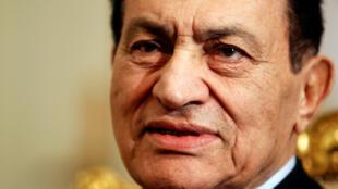 Tsohon shugaban Masar Hosni Mubarak mai  rasuwa.