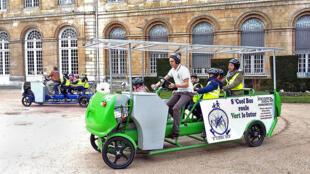 Велобус —  или «велоавтобус» —  во французском Руане