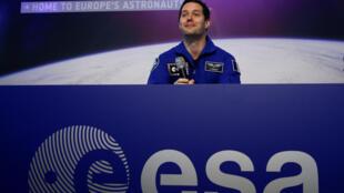 O astronauta francês Thomas Pesquet durante coletiva a imprensa nesta terça-feira (6).