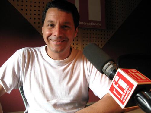 Alfredo Olivera en RFI.