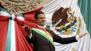 O novo presidente mexicano, Enrique Peña Nieto, após prestar juramento no parlamento, em 1 de dezembro de 2012.