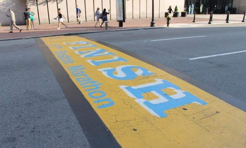 Финишная линия бостонского марафона 2013 года