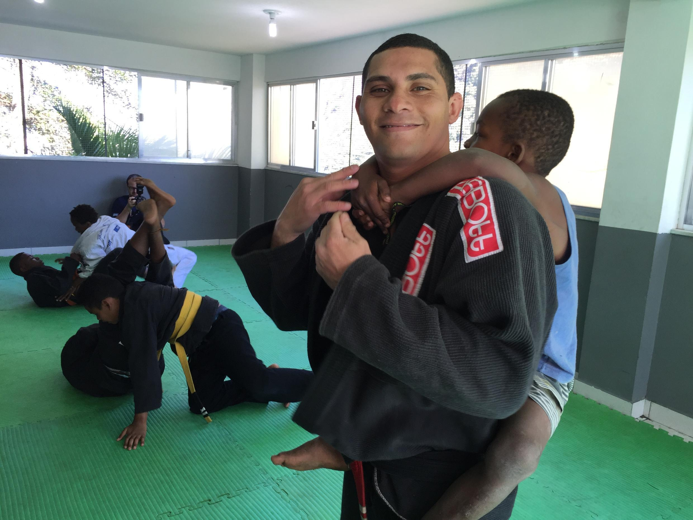 Eduardo Macena, soldado e instrutor de jiu-jitsu.