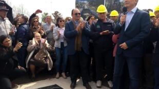 Presidente argentino Mauricio Macri durante ação de campanha em Saladillo, na Argentina.