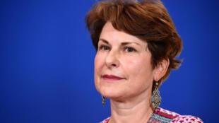 La magistrate Elisabeth Pelsez désignée déléguée interministérielle à l'Aide aux victimes, lors d'une conférence de presse, à Matignon, le 12 juillet 2017.