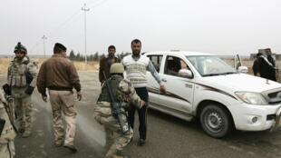 Families fled violence in Falluja and Ramadi, January 5, 2014.