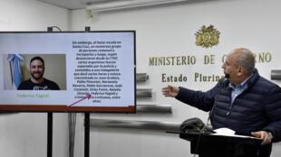Un diputado oficialista argentino tuvo un altercado la noche del viernes con agentes de migración en el aeropuerto que sirve a La Paz, donde los funcionarios intentaron negarle el ingreso a Bolivia