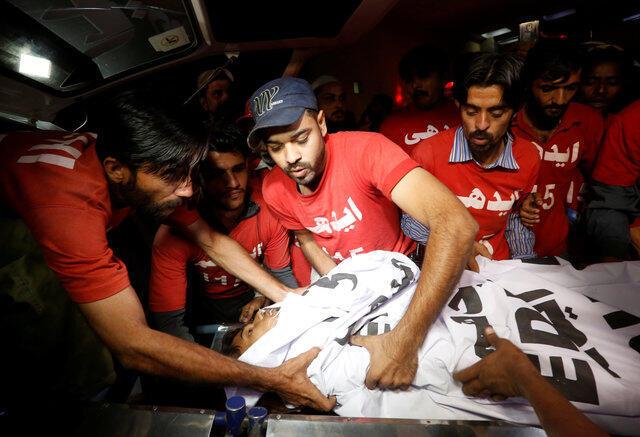 巴基斯坦穆斯林禮拜寺遇襲。2016-11-12