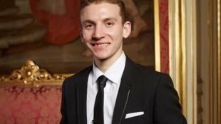 Ryan Curatolo, jeune jockey français.