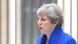 La primera ministra británica Theresa May frente a 10 Downing Street el 9 de junio de 2017.