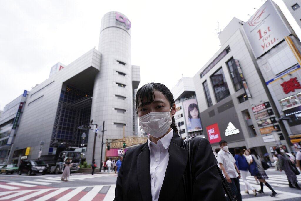 A capital japonesa agora atravessa mais uma onda de infecções do novo coronavírus.