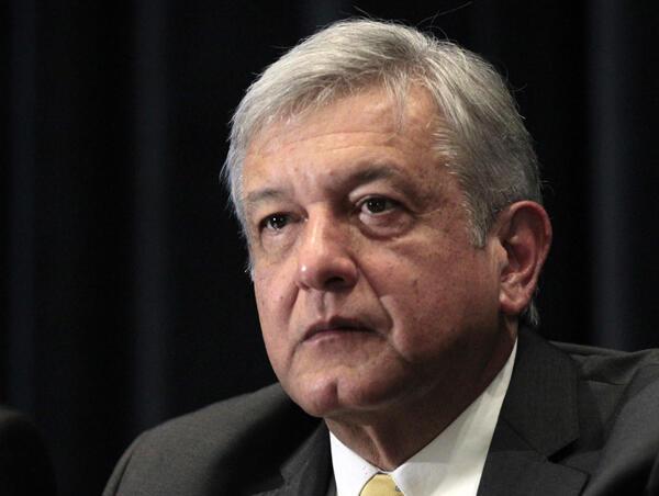 El candidato de la izquierda Andrés Manuel López Obrador a las elecciones presidenciales de 2012, México 15 de noviembre de 2011.