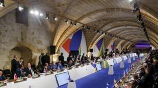 Les dirigeants de l'Union européenne avec leurs homologues africains à La Valette ce 11 novembre 2015.