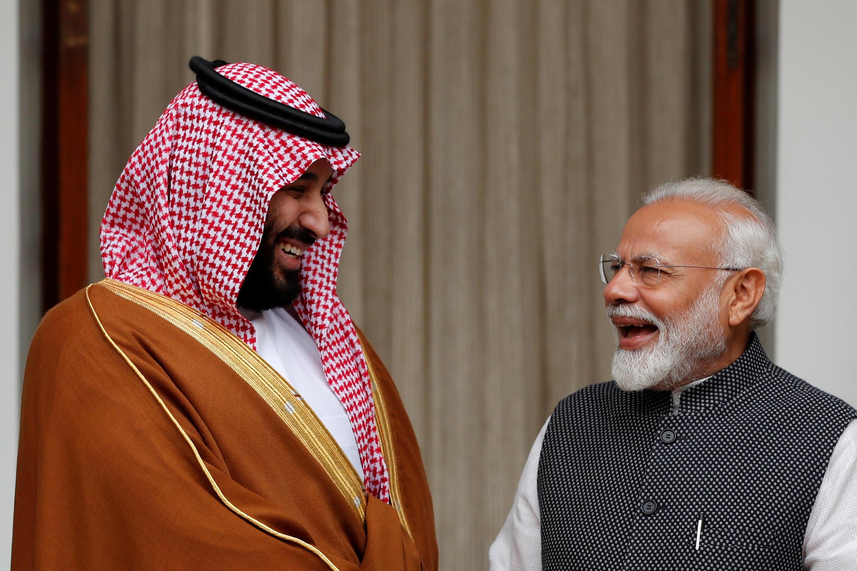 Le prince héritier saoudien Mohammed ben Salman (g) et le Premier ministre indien Narendra Modi à New Delhi, ce mercredi 20 février 2019. 沙特王儲本薩勒曼與印度總理莫迪 2019年2月20日 攝於新德里
