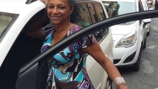 Cláudia Machado é a única taxista brasileira em Roma.