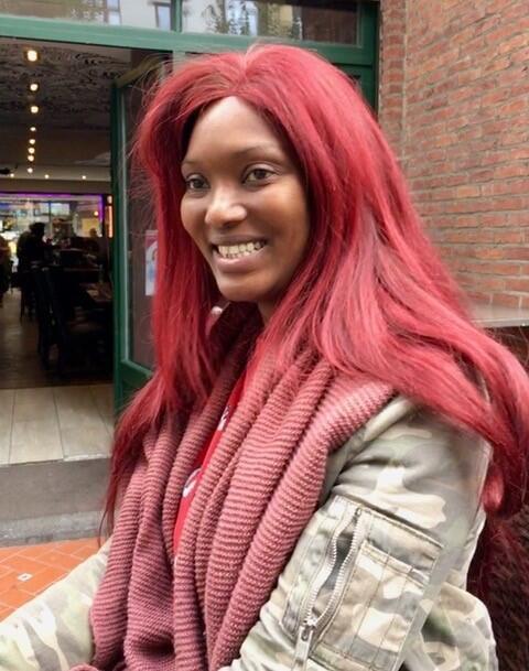Filantropia sem fronteiras em Bruxelas com a senegalesa Nancy Mbaye.