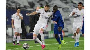 Football - Real Madrid - Chelsea - Karim Benzema_N'Golo Kanté_Ligue des Champions 2021 - AFP