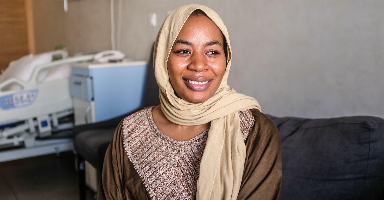 Halima Cissé quitte tous les jours sa chambre à la maternité pour aller voir ses nonuplés au service de réanimation néonatale. «Une patiente incroyable, calme et confiante», disent tous les soignants qui l'ont accompagnée.