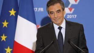 Ứng cử viên tổng thống của cánh hữu Pháp François Fillon.