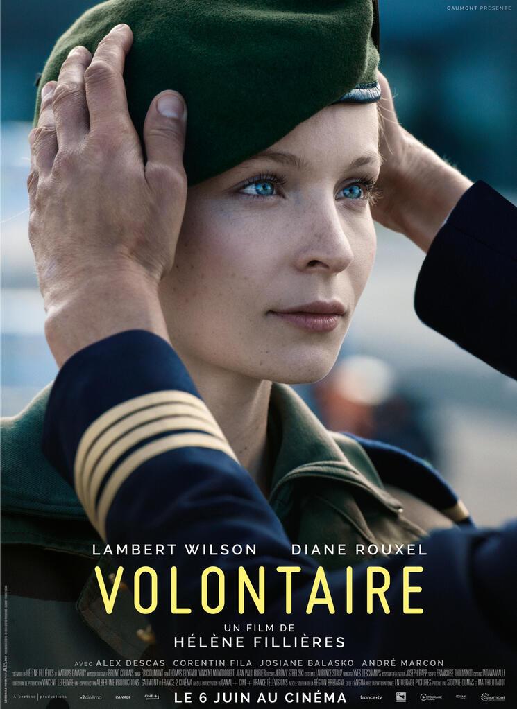 Affiche du film Volontaire, d'Hélène Fillières, avec Diane Rouxel.