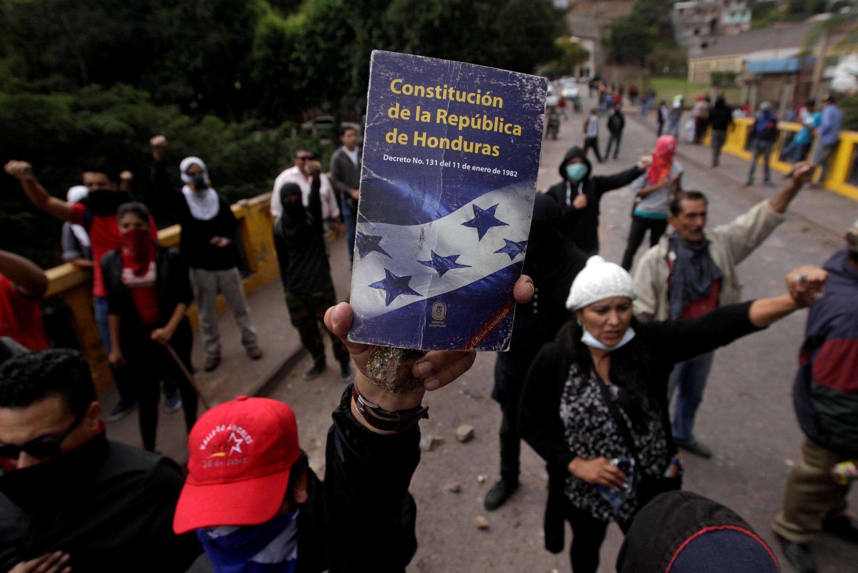 Opositores manifestando en Tegucigalpa, 22 de diciembre de 2017.