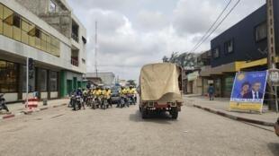 Bénin - Cotonou - Affiche - Talon - Talata