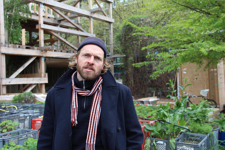 Marco Clausen, un des créateurs du Prinzessinnengarten: «Cet endroit est fait pour l'apprentissage, pour savoir comment garder de la biodiversité dans la ville».