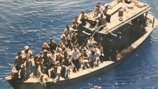 Thuyền nhân Việt Nam trên con đường vượt biển, nhưng nhiều người sau đó đã bị cưỡng bức hồi hương và vẫn bị phân biệt đối xử (DR)