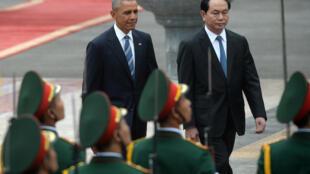 Tổng thống Mỹ Obama và chủ tịch Việt Nam Trần Đại Quang. Ảnh tại Hà Nội ngày 23/05/2016.