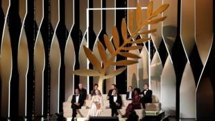 Ban giám khảo do đạo diễn Mêhicô Alejandro Gonzalez Inarritu làm chủ tịch khai mạc LHP Cannes lần thứ 72, ngày 14/05/2019.