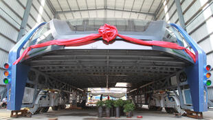 El autobus TEB tras una prueba en la ciudad de Qinhuangdao, provincia de Hebei en China, el 3 de agosto.